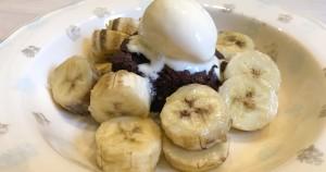 ciasto_czekoladowe_z bananami_i_lodami